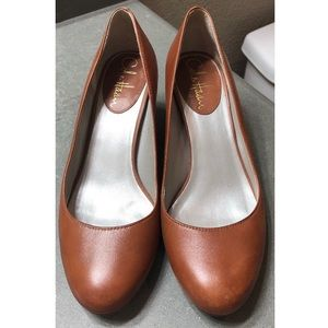 Gorgeous Cole Haan Wedges - Camel Brown, size 6